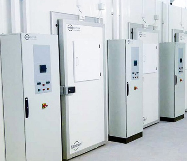 Fitotron® CGR Walk-In High-Light-Intensity Plant Growth Rooms